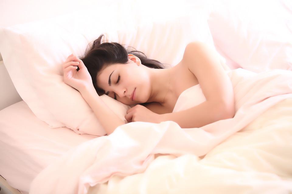necesidades de sueño con el paso de la edad